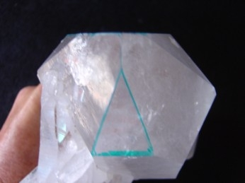 three sided dow crystal face